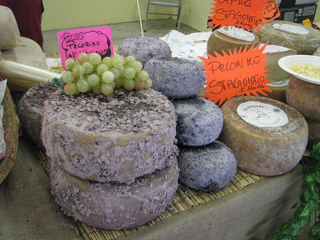 Pecorino di Fossa (formaggio di Fossa)