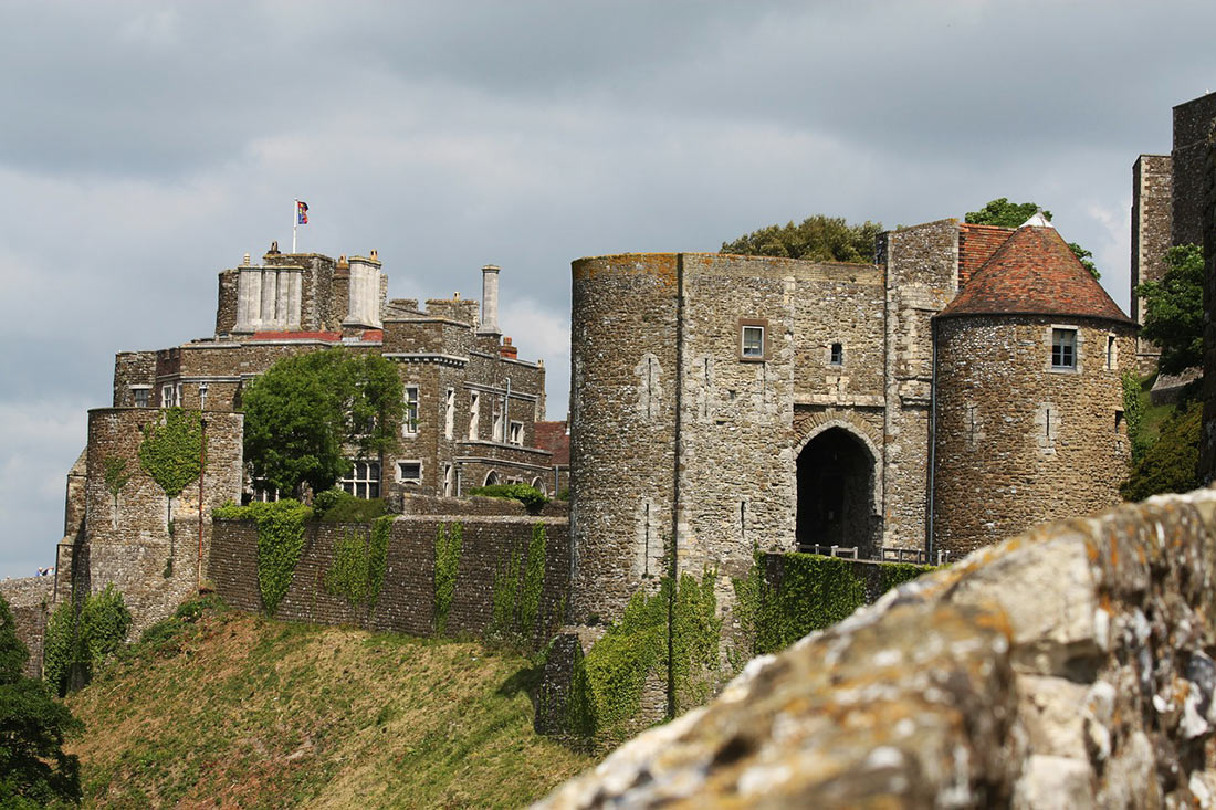 Castle and fortress Dover