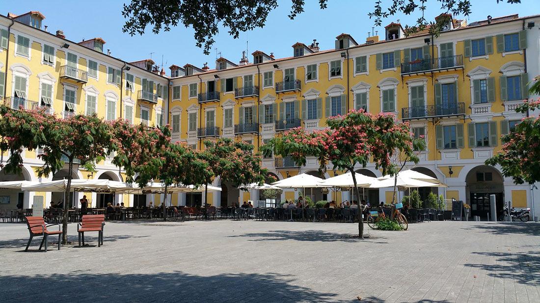 Garibaldi Square (Place Garibaldi)
