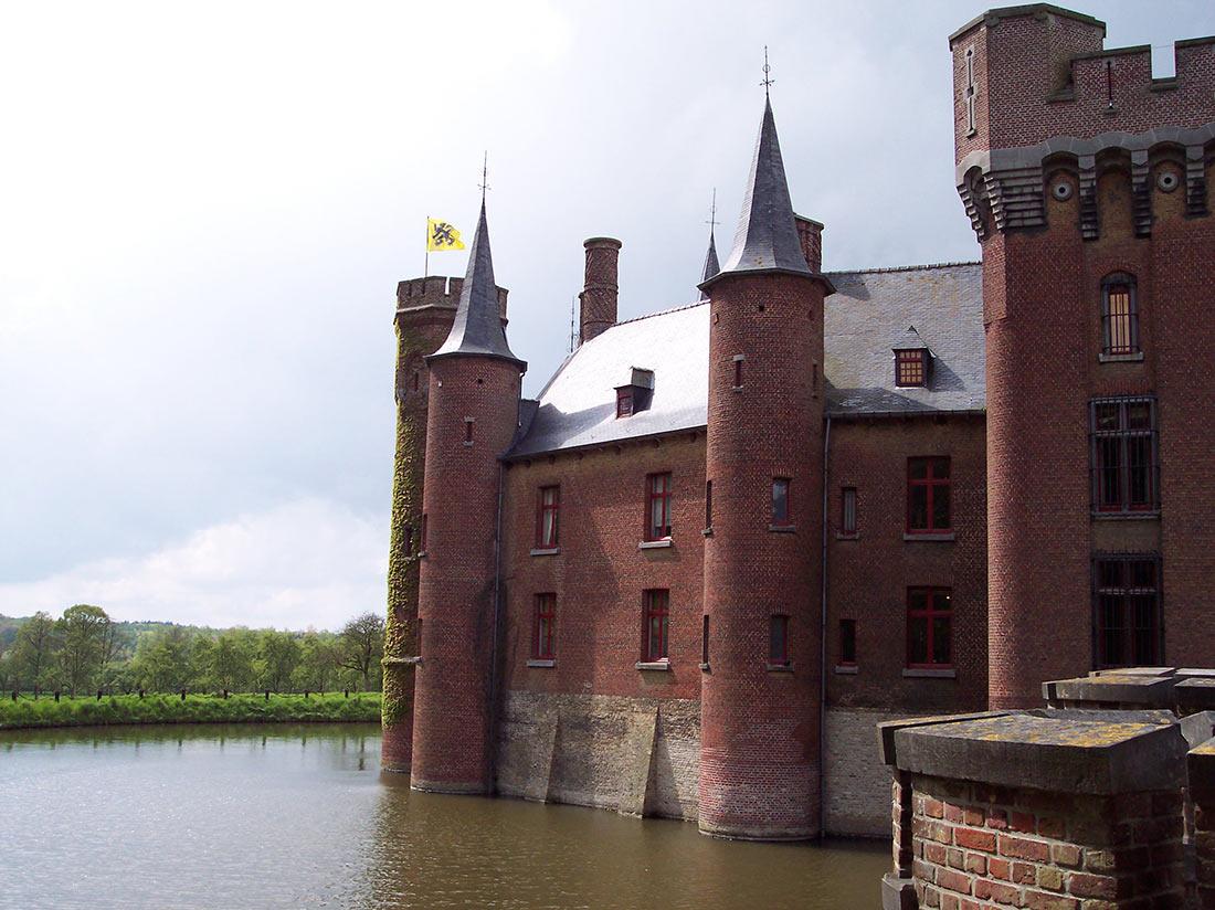 Wijnendale castle