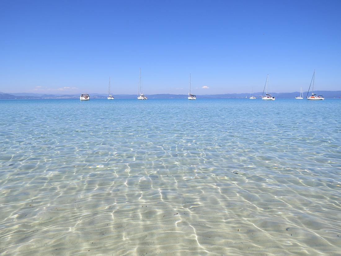 Beach on the island of Île de Porquerolles